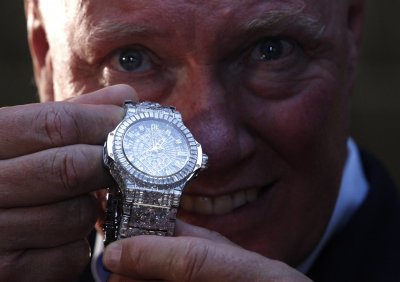 Forget Economic Crises,  5 Million Luxury Watch Sets New Records at Baselworld
