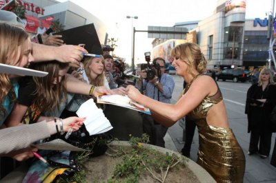 Jennifer Lawrence at The Hunger Games World Premiere at Nokia Theater L.A Live