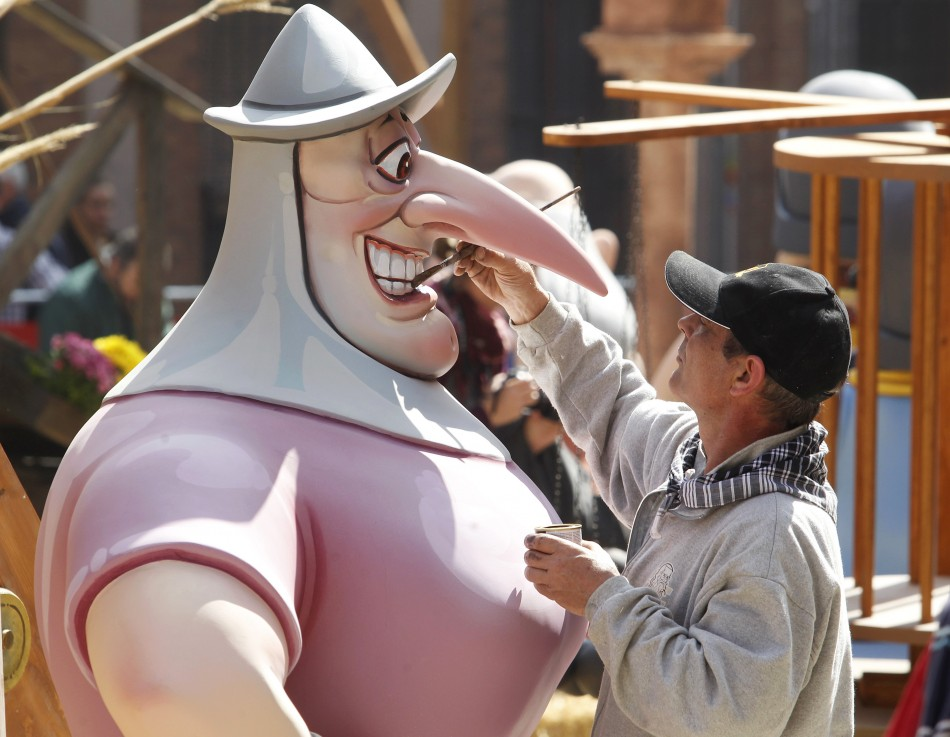A craftsman puts finishing touches on a figure ahead of the quotFallasquot festival in Valencia