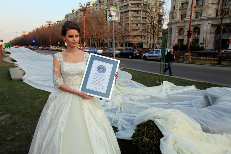 Longest Wedding Dress: Romanian Models Wins World Records for 2,750 Meter Train