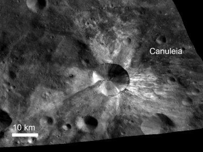 Bright Rays from Canuleia Crater