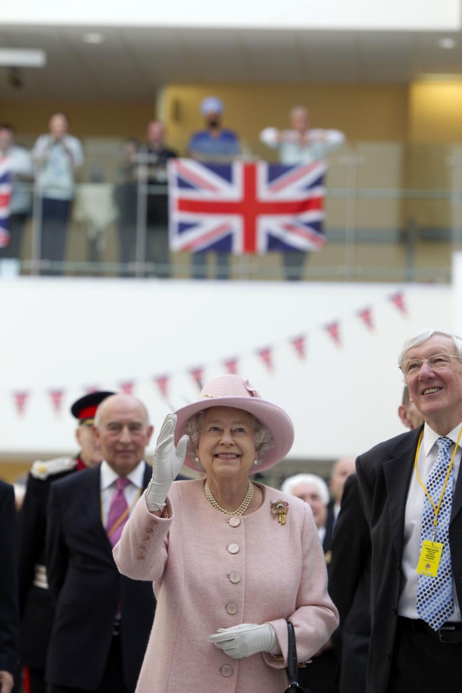 Queen Elizabeth in Manchester