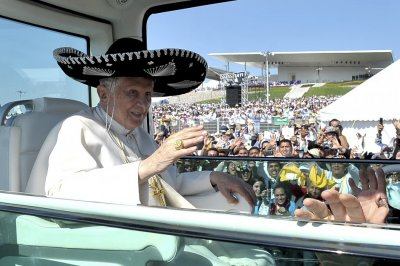 Pope Benedict Dons Large Black Sombrero during Mexico Trip