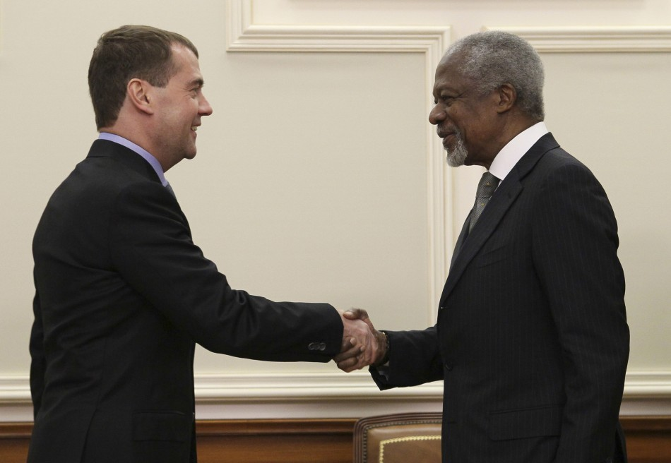 Russian President Medvedev shakes hands with U.N.-Arab League envoy Annan during their meeting in Moscow