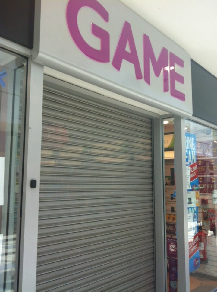 Branches of Game and Gamestation close nationwide