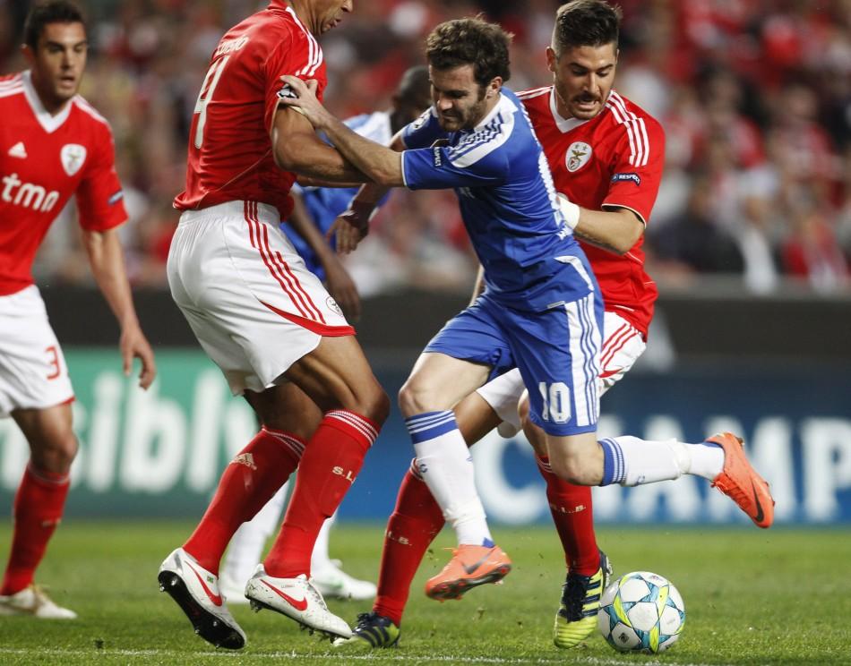 Soccer - Benfica v Chelsea - Champions League - First Leg - Quarter-Finals - Estadio da Luz