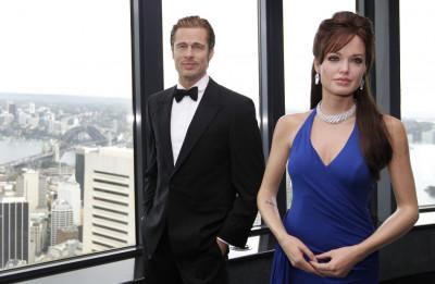 Madame Tussauds wax figures of Angelina Jolie and Brad Pitt