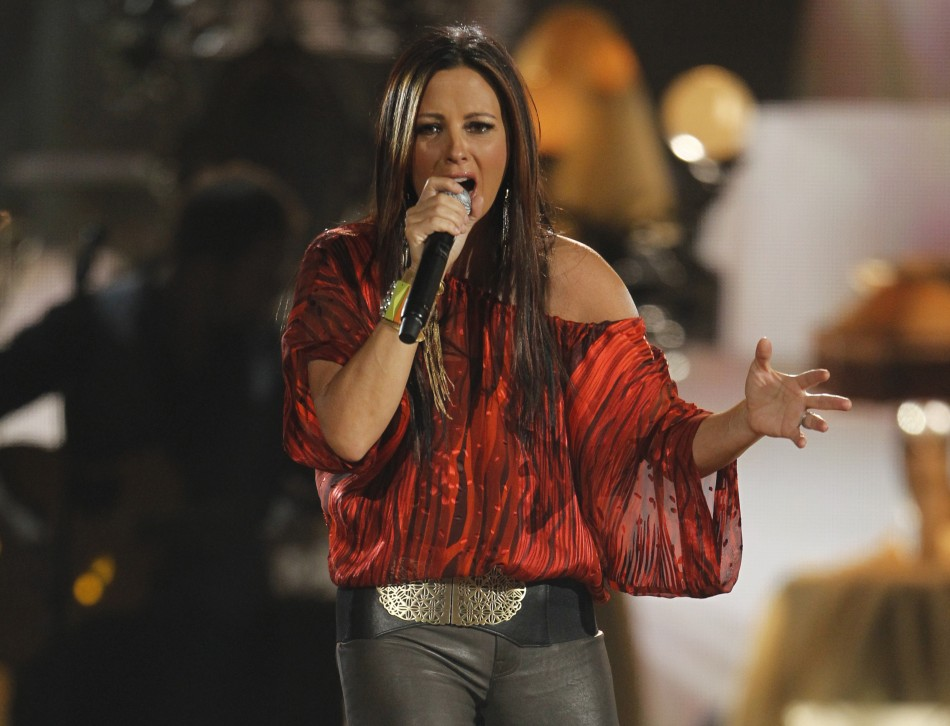 "Sara Evans performs ""My Heart Can't Tell You No"" at the 47th annual Academy of Country Music Awards in Las Vegas"