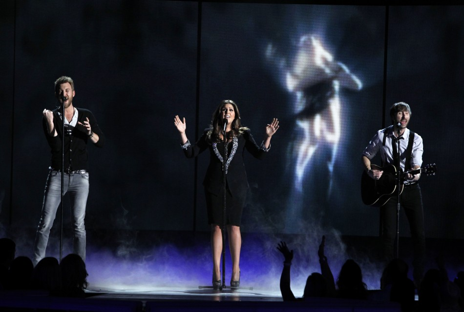 "Lady Antebellum perform ""Dancin' Away With My Heart"" at the 47th annual Academy of Country Music Awards in Las Vegas"