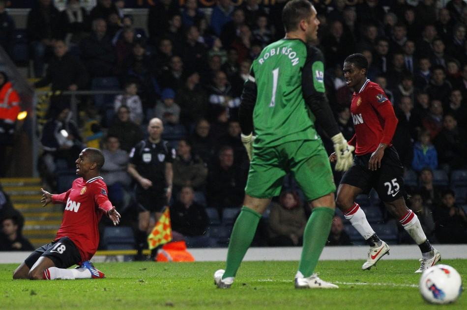 Soccer - Barclays Premier League - Blackburn v Manchester United -  Ewood Park