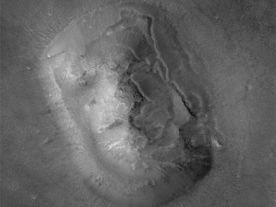 Nasa Captures A Unique Elephant Face Image On Mars
