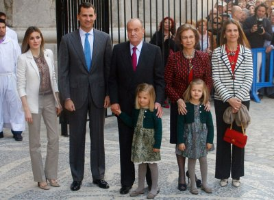 From Queen Elizabeth to Queen Sofia Royals Observing Easter Services