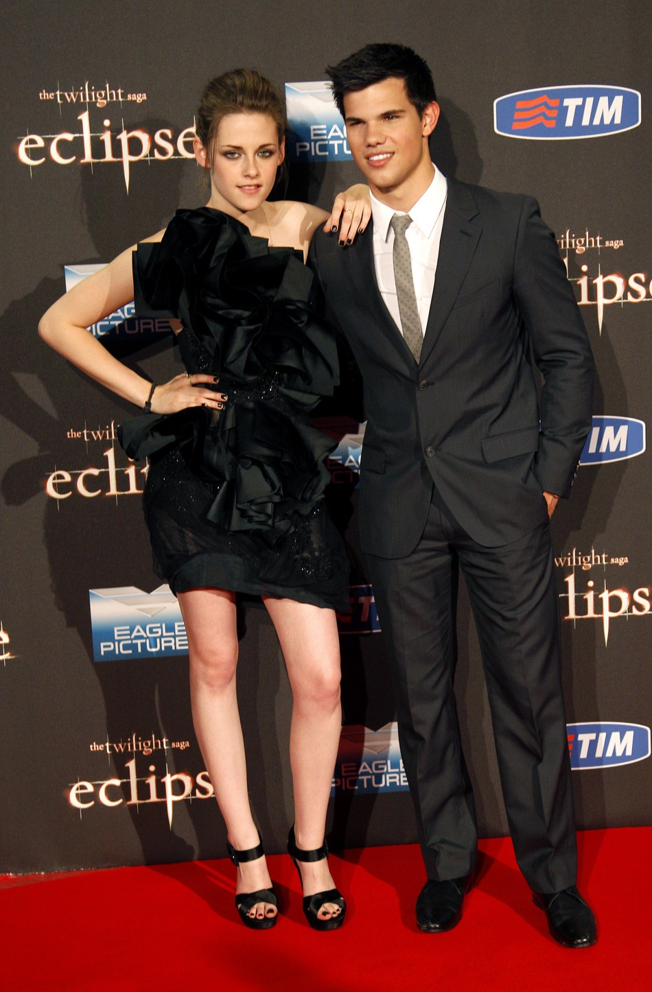 U.S. actors Lautner and Stewart pose as they arrive for the red carpet to promote the movie quotThe Twilight Saga Eclipsequot in downtown Rome