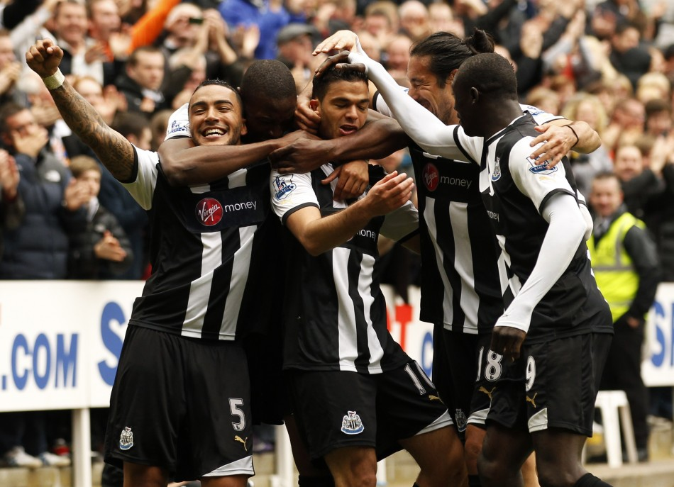 Newcastle United039s Ben Arfa celebrates with his teammates after scoring against Bolton Wanderers in Newcastle