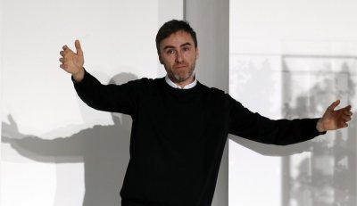 Raf Simons Replaces John Galliano as Diors Creative Director