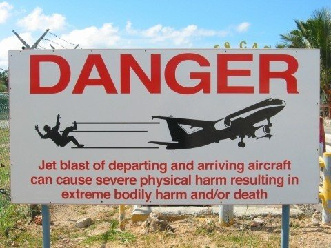 Warning sign at the Maho beach in St Martin's (Wikipedia)