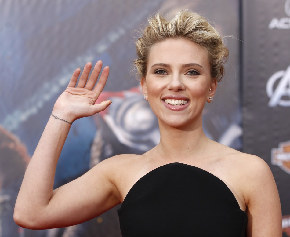 Cast member Johansson poses at the world premiere of the film quotMarvels The Avengersquot in Hollywood, California