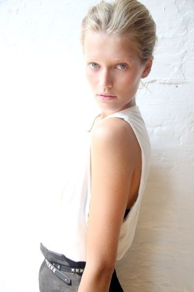 Victorias Secret Welcomes New Angel German Model Toni Garrn