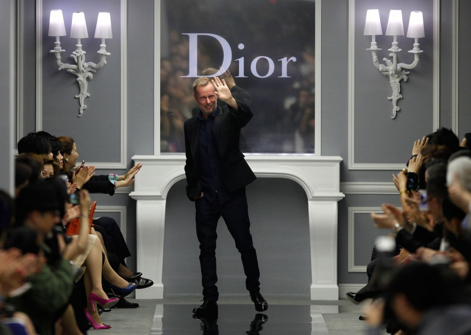 Bill Gayttens Spring Summer 12 Haute Couture Shanghai Show for Dior