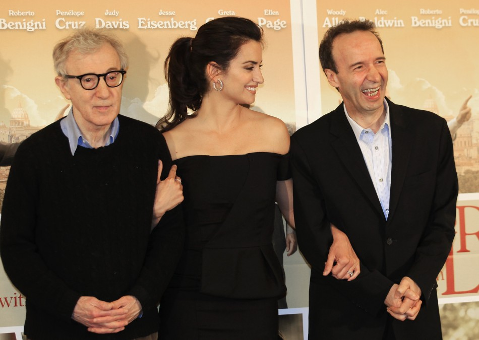 "U.S. director Woody Allen poses with Spanish actress Penelope Cruz and Italian actor Roberto Benigni during a photocall for the film"" To Rome with Love"" in Rome"