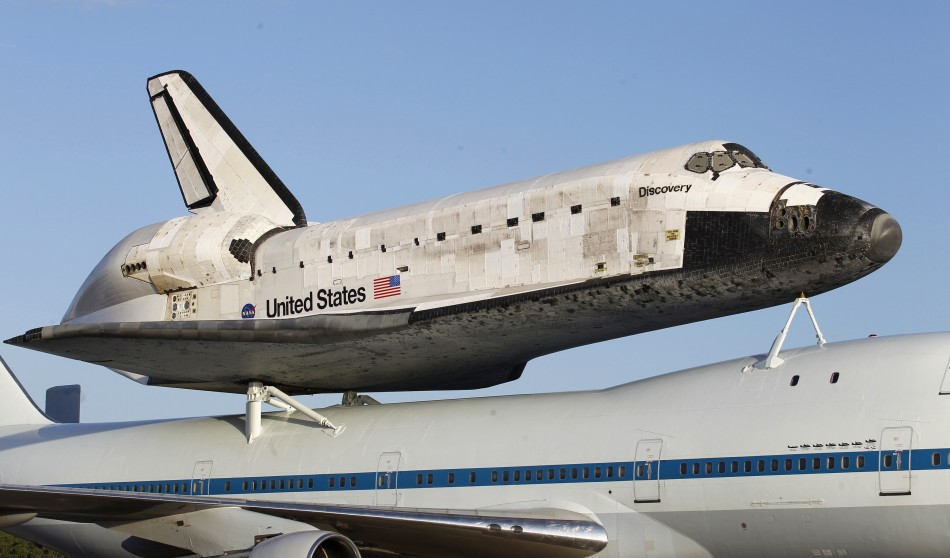 who built space shuttle discovery - photo #32