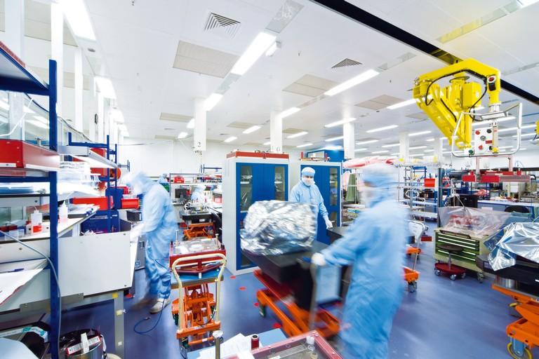 ASML Holdings Posts Weak Q1 Performance