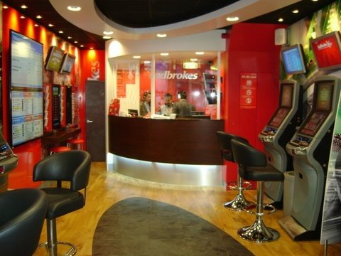 Ladbrokes Plc Bets on Internet Business