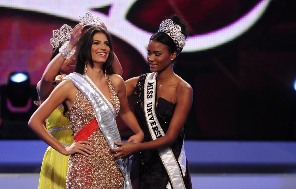 Carlina Duran Crowned Miss Universe Dominican Republic 2012