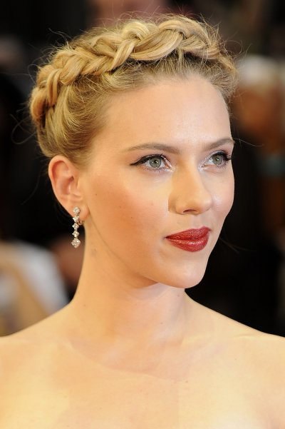 Scarlett Johansson Smoulders in European Avengers Premiere Red Carpet