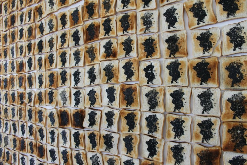 Queen on Toast : Sussex students create Queens on toast