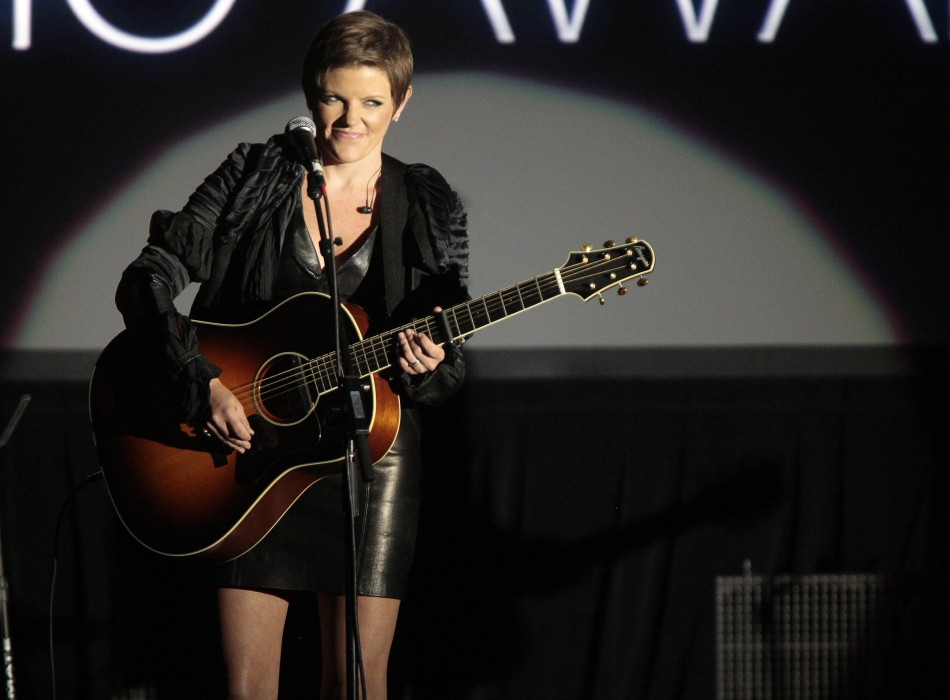 "Musician Natalie Maines of the Dixie Chicks performs Carly Simon's ""That's The Way I've Always Heard It Should Be"" at the 29th Annual ASCAP Pop Music Awards in Hollywood, California"