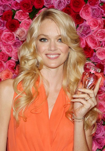 VS Angels Erin Heatherton and Lindsay Ellingson at Heavenly Collection Launch