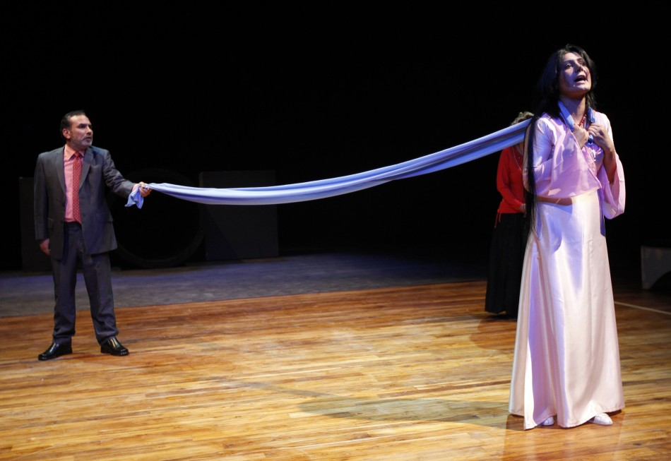 Actors from the Iraqi Theatre Company perform a scene from quotRomeo and Julietquot during rehearsals at the national theatre in Baghdad