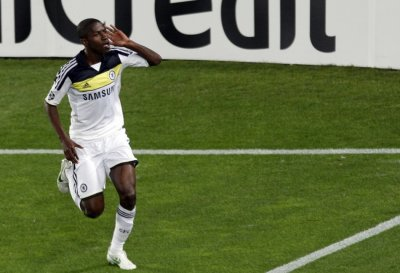 Chelsea039s Ramires celebrates after scoring goal against Barcelona during their Champions League soccer semi-final in Barcelona