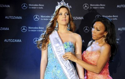 Married Miss Dominican Republic 2012 Carlina Duran Loses Crown, Dulcita Lieggi Takes Over