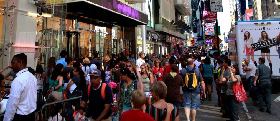 European shoppers appear confident despite the euro zone troubles.