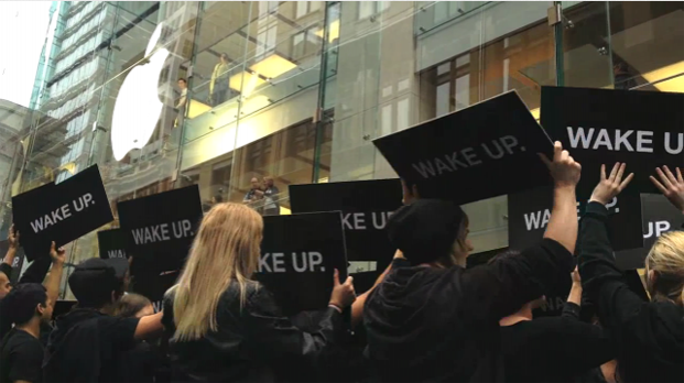 BlackBerry 'Wake Up' protest