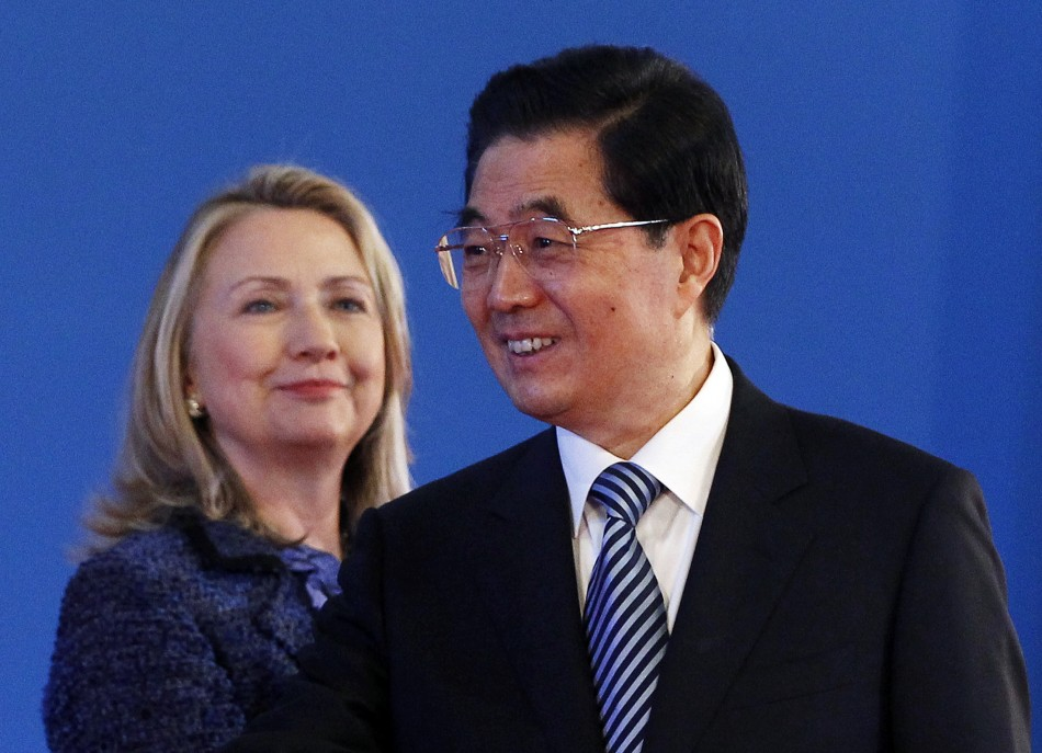 https://d.ibtimes.co.uk/en/full/269956/hillary-clinton-china.jpg?w=736