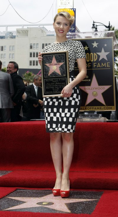 Scarlett Johansson Gets Star on Hollywood Walk of Fame