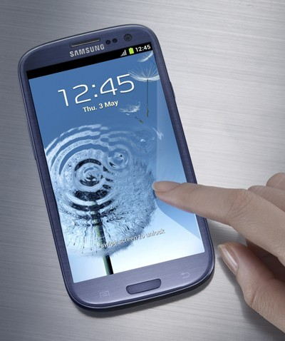 Samsung Galaxy S3 vs HTC Droid Incredible 4 G LTE: Battle of the Powerful Android Biggies