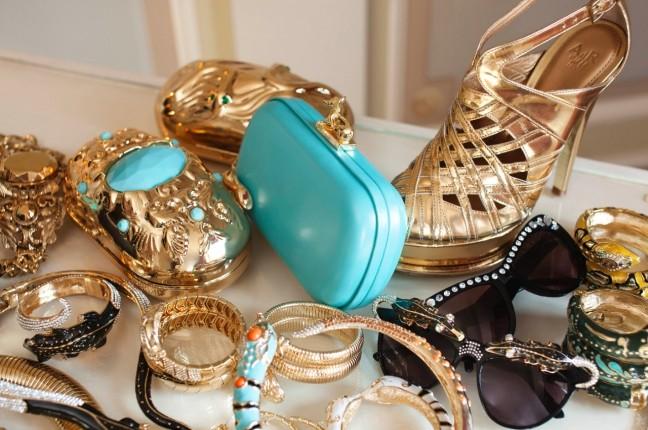 Fashion Guru Anna Dello Russo Teams Up With HM for Accessory Collection