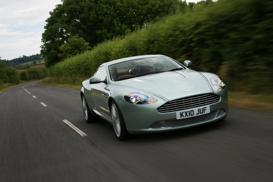 An Aston Martin DB9 car