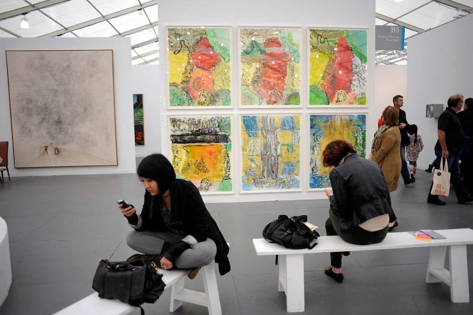 Londons Contemporary Frieze Art Fair Arrives in New York