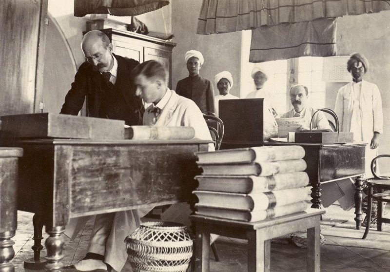 Rare 100-Year-Old Photos of India from the British Raj Era