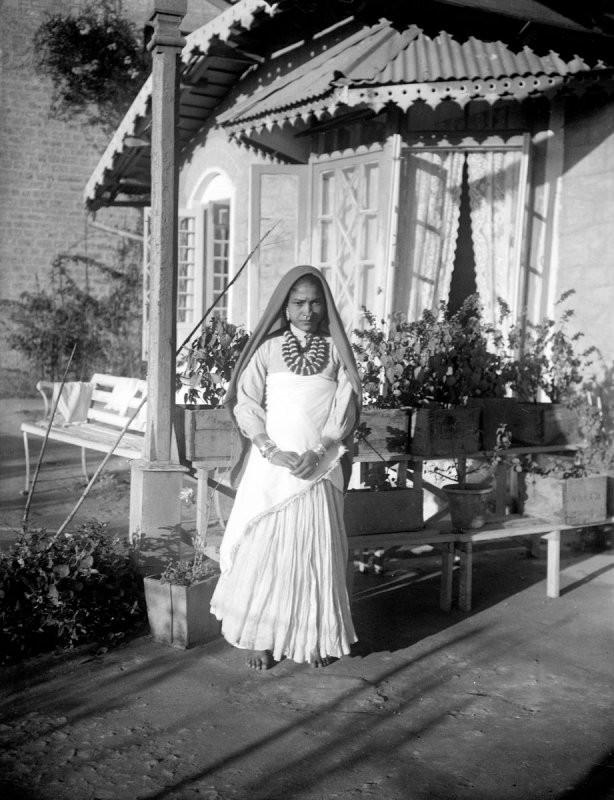 Rare 100 Year Old Photos Of India From The British Raj Era