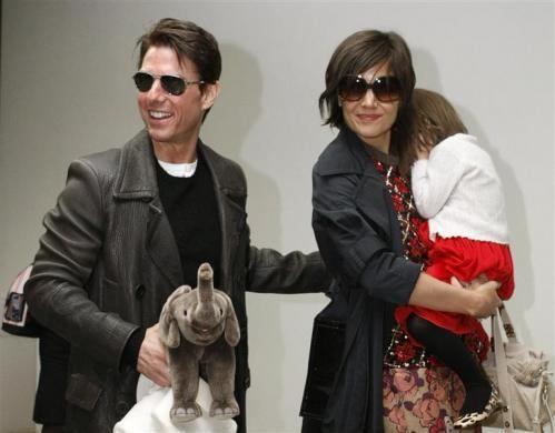 Katie Holmes gets sole custody of daughter Suri in divorce settlement