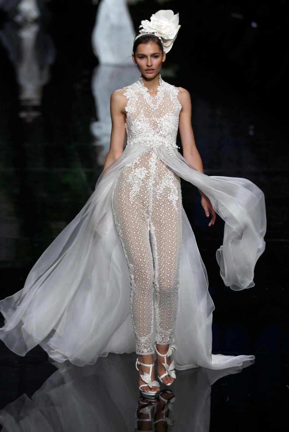 Elie Saab for Pronovias: Sumptuous Gowns Displayed at ...