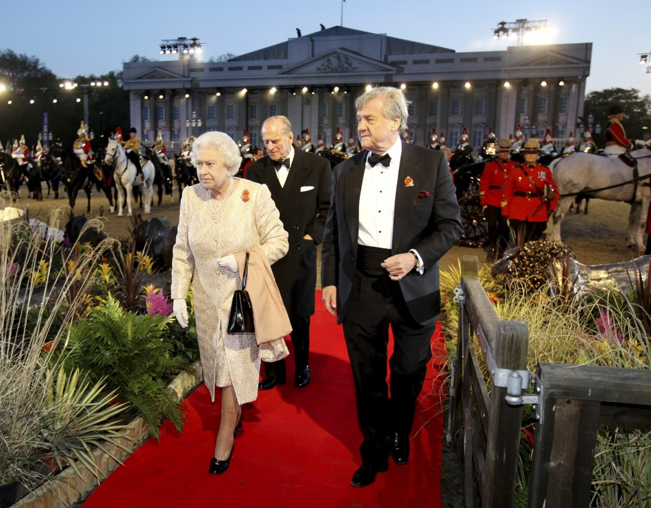 Queen Attends Diamond Jubilee Pageant at Windsor Castle