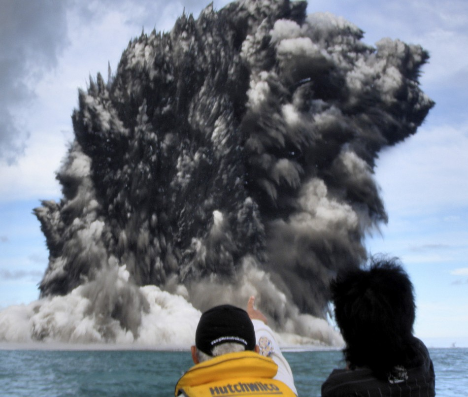 Fastest Growth Of Underwater Volcanoes Documented At