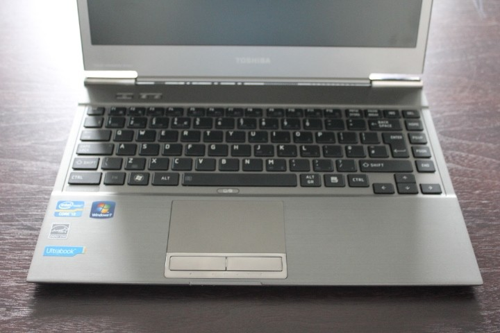 Ultrabooks Toshiba Satellite Z830 keyboard